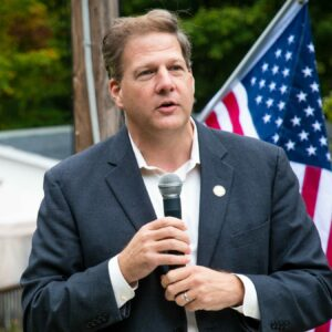 A Sununu v. Hassan Race Would Be a $100M Contest, Experts Say